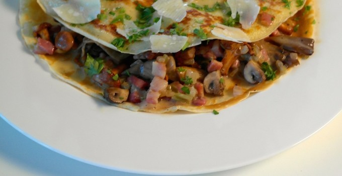Crespelle with mixed mushrooms