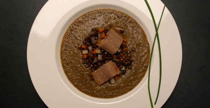 Creamy lentil soup with smoked eel
