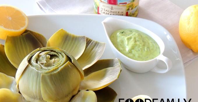 Artichoke with basil mayonnaise dip
