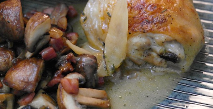 Baked Chicken Legs in Thyme-Vermouth Sauce